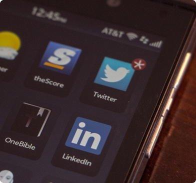 Linkedin e Twitter no blackberry
