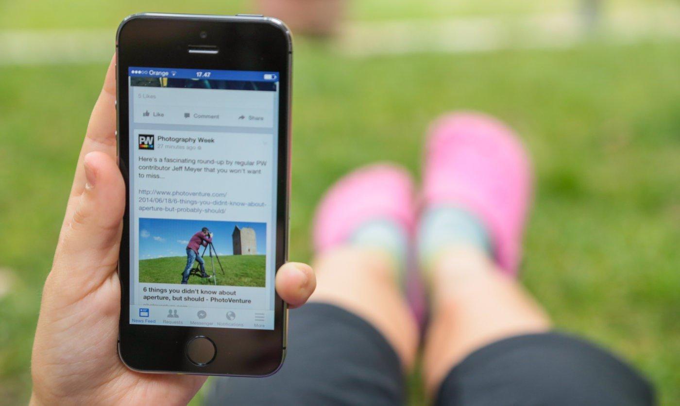 Facebook em equipamento móvel