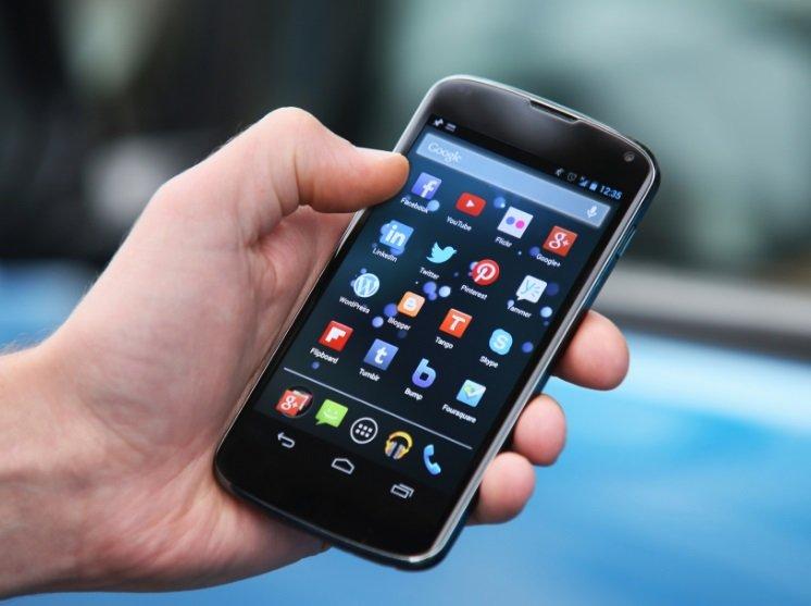 smartphone com aplicações android