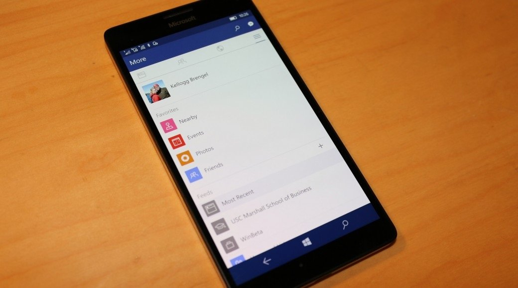 windows 10 mobile facebook