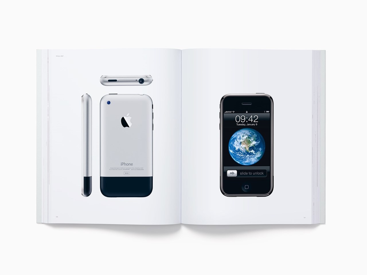 livro da Apple com o iPhone original