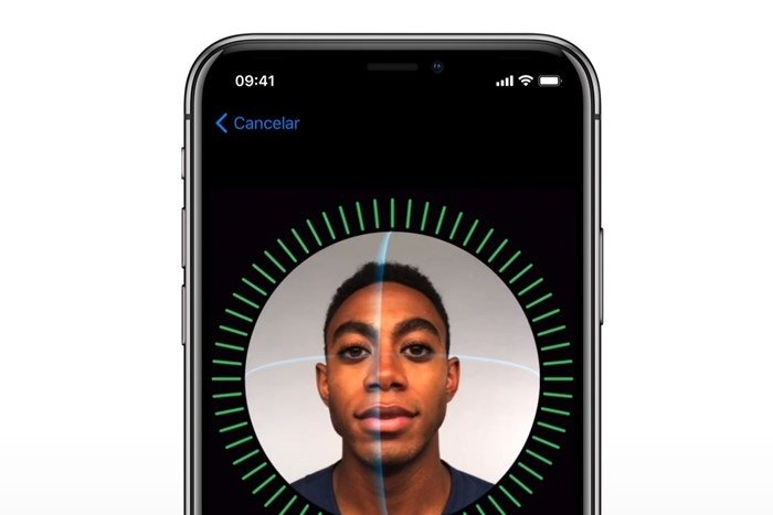 Apple explica falha do Facial ID durante evento